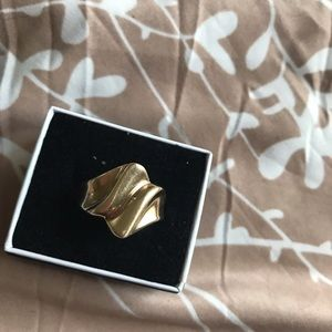 Real 10k yellow gold ring